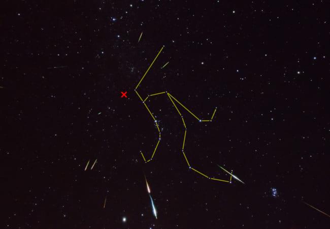 ペルセウス座(ざ)流星群(りゅうせいぐん)を観察しよう