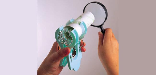 【100円ショップ大実験】グラスの底が凹(おう)レンズ「ガリレイ式望遠鏡」