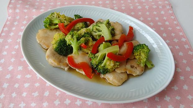 鶏むね肉とブロッコリーの中華炒め/元気な子どもが育つ毎日のごはん【第1回】
