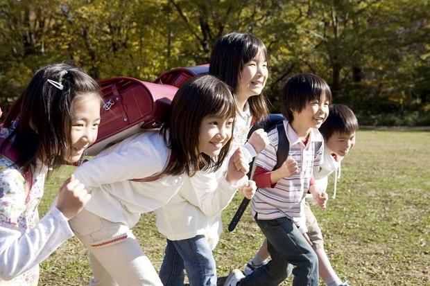 子どもの友だちづきあいにどうかかわる?/子どもが伸びる家庭の10の習慣【第8回】