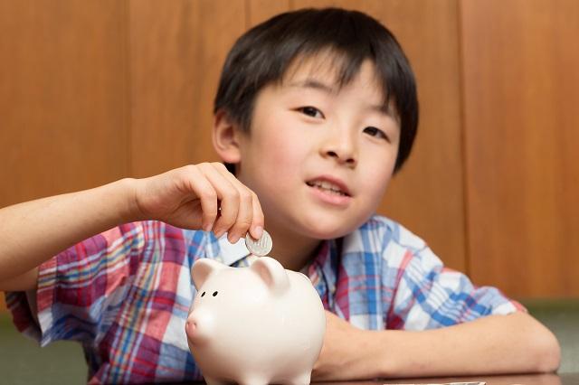 お小遣い定額制で欲望をコントロールする力を身につける/子どもが伸びる親力【第25回】