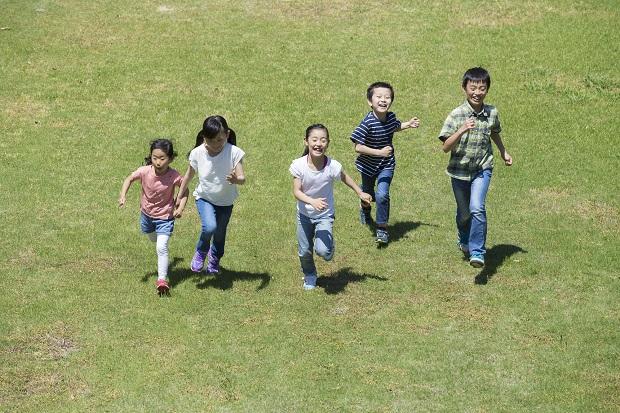 よく遊んだ子は賢くなる!? ~子どもを伸ばす遊びの力~/子どもが伸びる家庭の10の習慣【第12回】