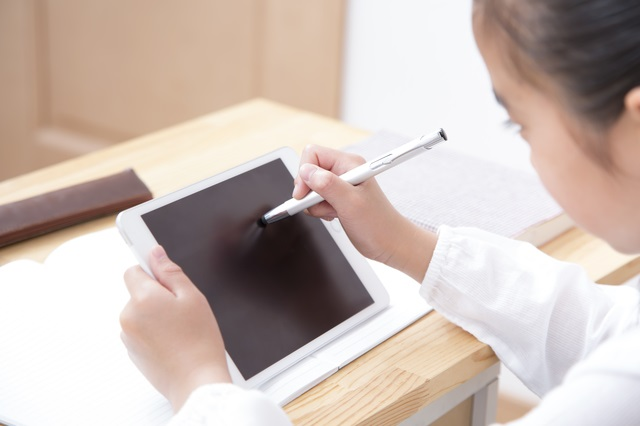 子どもが健やかで幸せになるためのICT/データで読み解く、子どもとスマホ【第39回】
