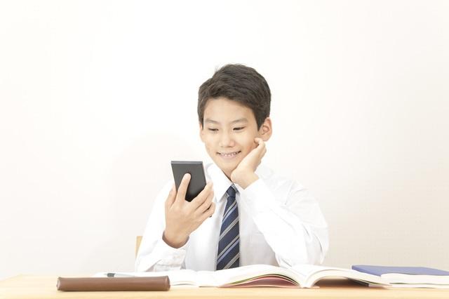 受験直前なのに、SNSにハマり勉強に集中できない息子/教えて! 陰山先生【第23回】