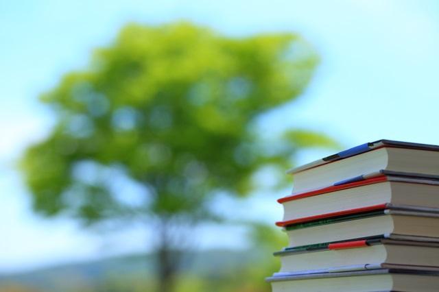 ネットやSNSを長時間使う中高生は読書時間が短い/データで読み解く、子どもとスマホ【第45回】