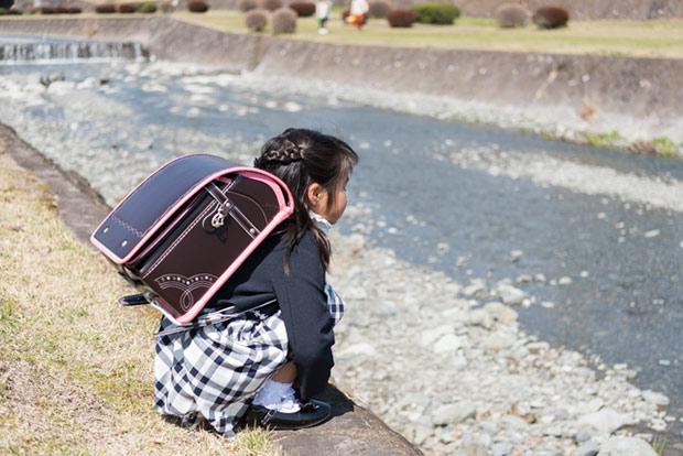 小学校に入学して間もなく、学校に行きたくないと言い出した娘/教えて! 陰山先生【第27回】