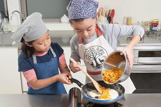 はじめての手作りバレンタインチョコに挑戦!/元気な子どもが育つ毎日のごはん【第18回】